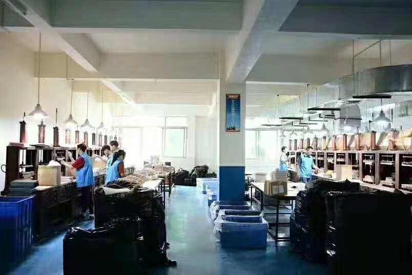 Our workshop2-Mould Fixing